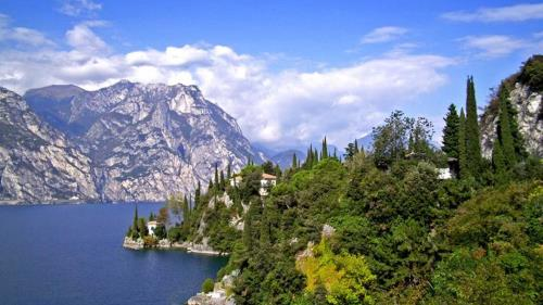 lago di garda corte della rocca nogarole